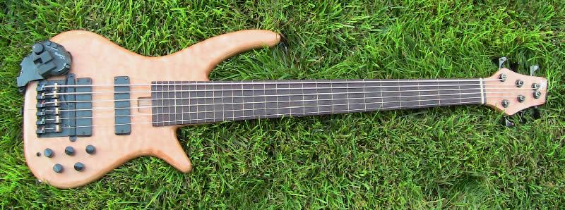 Matts Fretless 6 String Mendelsohn Bass